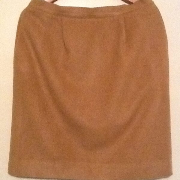 Brooks Brothers 100% Camel Hair Skirt | Curvy Girl Closet
