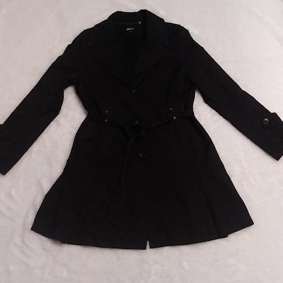 DKNY 3/4 Trench Coat | Curvy Girl Closet